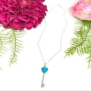 NEW⚜️STERLING SILVER Turquoise Heart Key Necklace